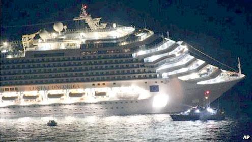 Italy cruise ship Costa Concordia aground near Giglio