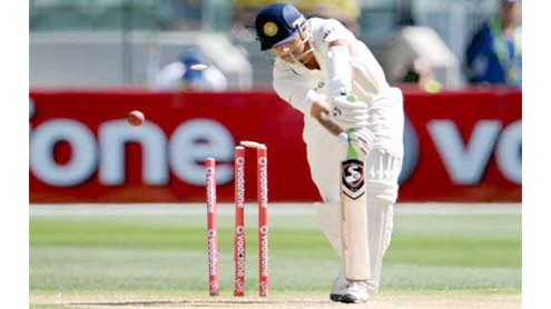 Ind vs Aus: Another batting collapse for India, Australia wrest initiative at SCG
