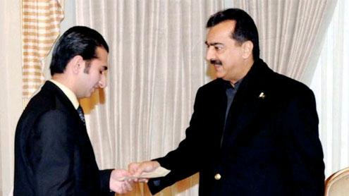 Zohaib Asad and PM Yousaf Raza Gilani
