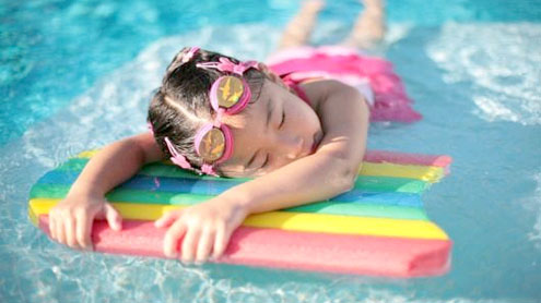 Pool chlorine tied to lung damage