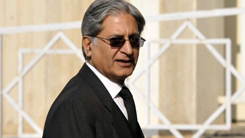PM contempt case: Aitzaz calls for Awan, Sethi to be summoned