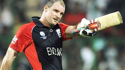 Pakistan v England: Andrew Strauss's team have to be more positive to combat spinners' threat