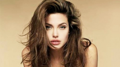 New film should make people uncomfortable: Jolie