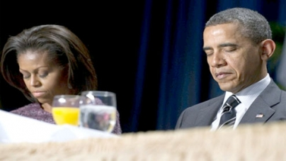 At prayer breakfast and with birth-control decision, Obama riles religious conservatives