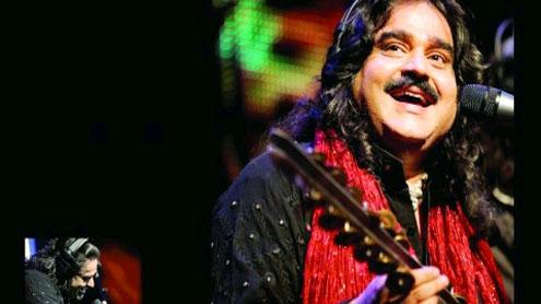 Punjabi folk singer Arif Lohar