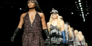 Milan Fashion Week: Naomi Campbell closes Roberto Cavalli show