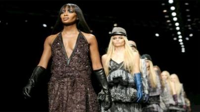 Milan Fashion Week: Naomi Campbell closes Roberto Cavalli show