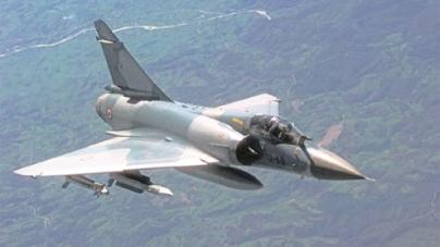 Air Marshal, Wing Commander survive Mirage crash