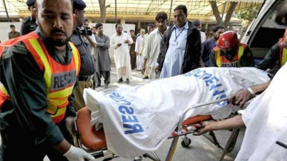 One killed, several trapped in Lahore factory collapse
