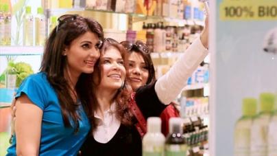 Fariha Pervez's new Video Jhoom Ja