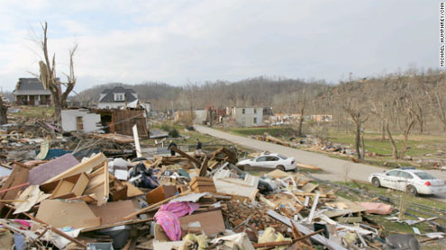 Kentucky tornado cut 95-mile trench, weather service says