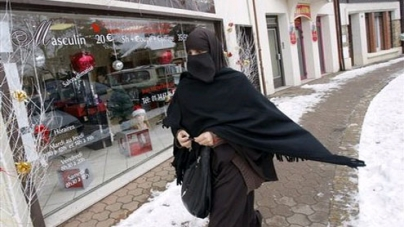 Burqa-clad women should show face when asked to witness their signature: Australian legal body