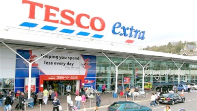 Tesco becomes first major firm to move pension age from 65 to 67