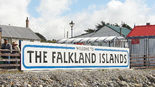 Falkland Islands tensions: UK bans exports to Argentine military