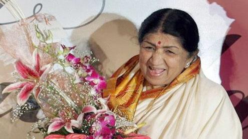 Lata Mangeshkar to honour Madhuri Dixit