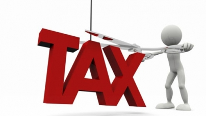 Sindh E&T Dept makes recoveries from tax defaulters