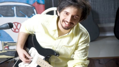 Musician Jimmy Khan releases his second video single 'Aisay Kaisay'!