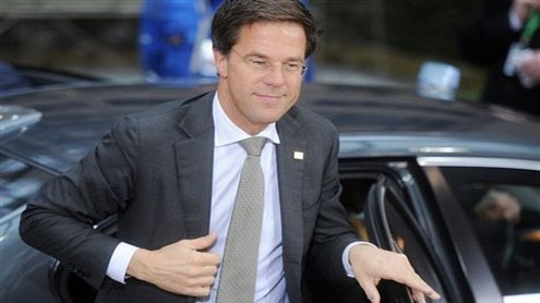 Dutch government collapses after far right pulls plug
