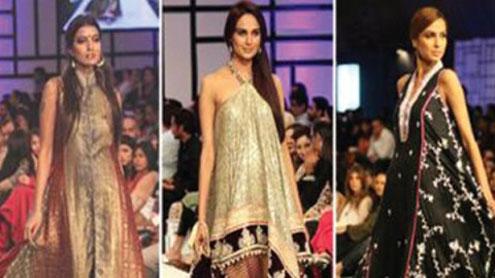 Pakistan fashion crowd soaks up Monsoon's reign