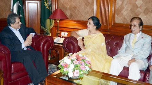 Prominent actress Shabnam meets Ibad