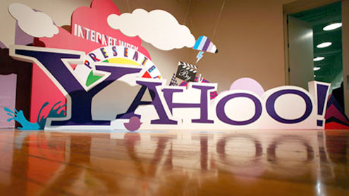 Yahoo confirms layoff of 2,000 employees in bid to renew company