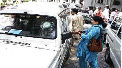 'Unruly' clerks baton-charged at secretariat