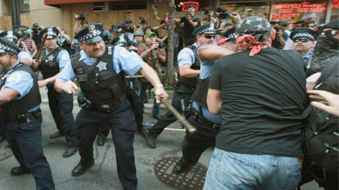 NATO protest: Police clash with demonstrators in Chicago, marring otherwise peaceful march