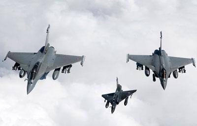 Nato air strike 'kills Afghan family'