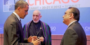 Obama meets Pakistan's Zardari, but no deal on war supply routes