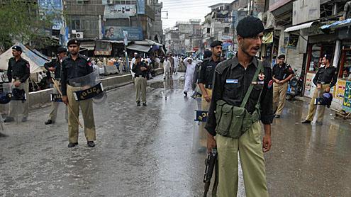 Police arrest 25 lawbreakers