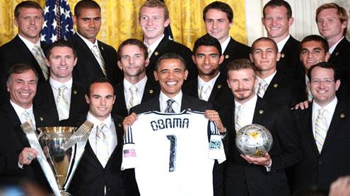 Barack Obama teases David Beckham for his underwear career