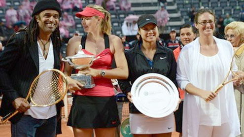 Sharapova beats Li in 'crazy' rain-hit Rome final