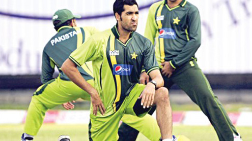 Army raids cricketer Umar Gul's house, arrests his brother