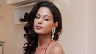 Veena Malik dons salsa shoes for new ad