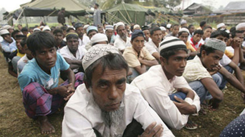 Bangladesh turns away Muslims fleeing Myanmar
