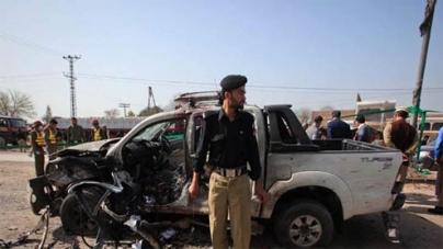 Blast kills 14 in Peshawar