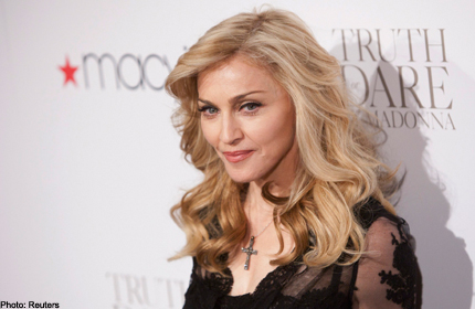 Kicking off tour, Madonna shows she's no lady (Gaga)