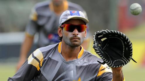 Novice Hafeez plots Pakistan comeback against Sri Lanka