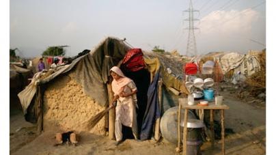 Pakistan plans to revoke Afghans' refugee status could displace 3 million