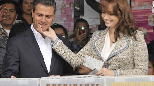 Peña Nieto projected winner in Mexican presidential vote