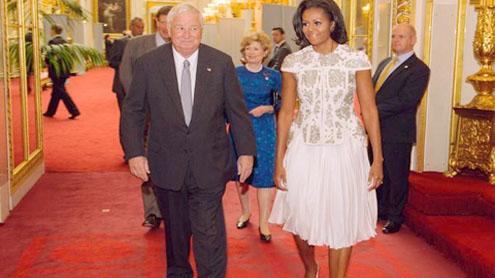 Michelle Obama's designer jacket: Fit for a queen?