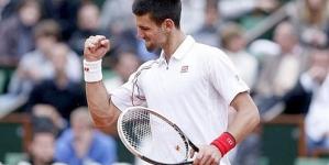 Djokovic, Federer seal semifinal showdown