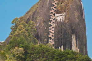 The-Rock-of-Guatape-1
