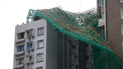 Scores injured as typhoon lashes Hong Kong