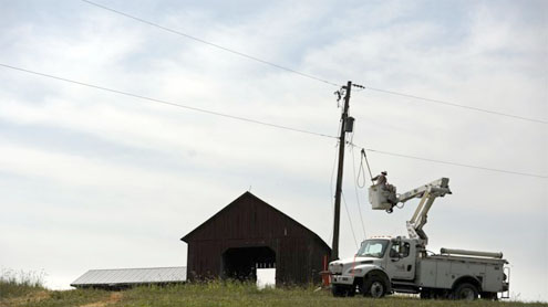 Easy fix eludes power outage problems in US