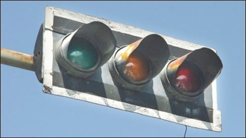 Streetlights, signals out of order in Karachi
