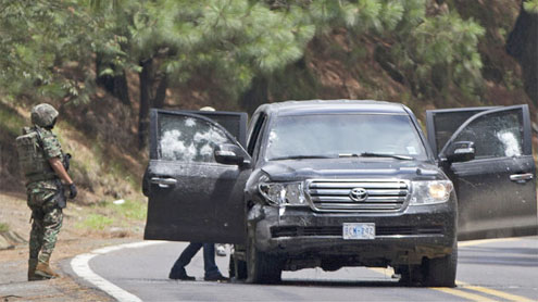 Mexico: 2 CIA agents wounded in shooting go to US