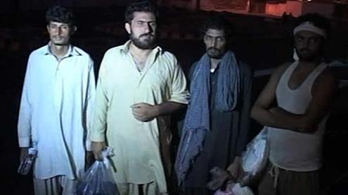 570 Pakistanis deported from Masqat reach Karachi