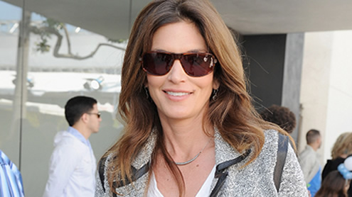 Cindy Crawford launching clothing line