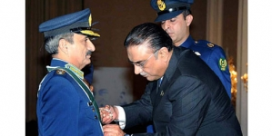 President confers Nishan-e-Imtiaz (Military) upon Air Chief Tahir Rafique Butt